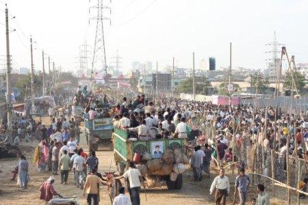 Mercado de gado em Dhaka, retratado em 2008