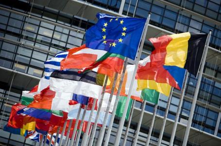 uniao-europeia-bandeiras-paises-compoem
