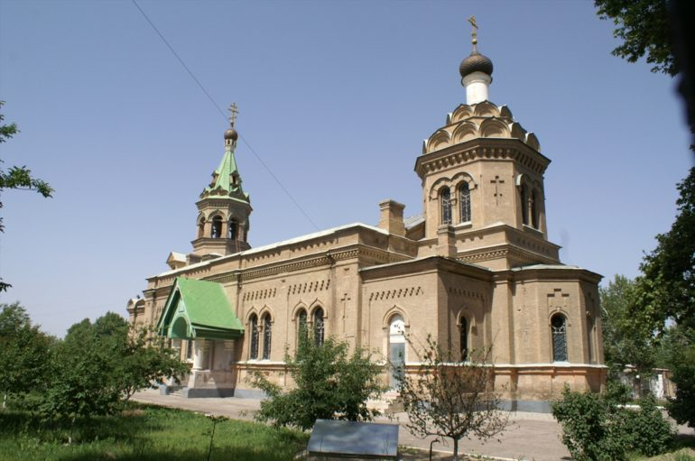Russian-Orthodox-St.Alexey-cathedral-in-Samarkand-e1505407438765